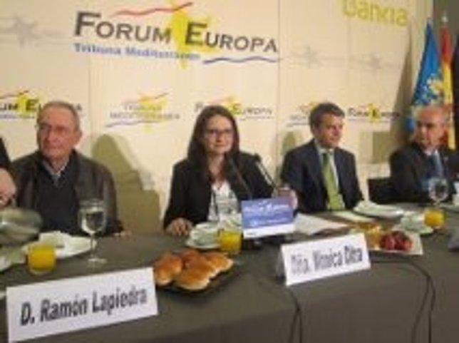 Mònica Oltra en el desayuno informativo de Fórum Europa