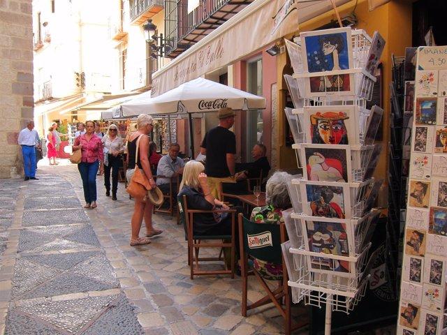 Turismo, turista, souvenirs, terraza, picasso