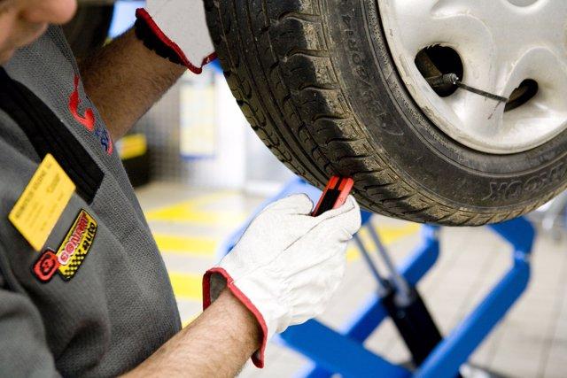 Revisión de neumático