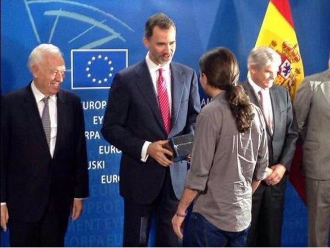 Felipe VI y Pablo Iglesias en Bruselas
