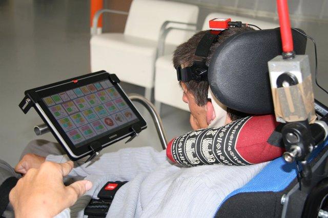 Un sistema permite a los niños con parálisis cerebral comunicarse con su entorno