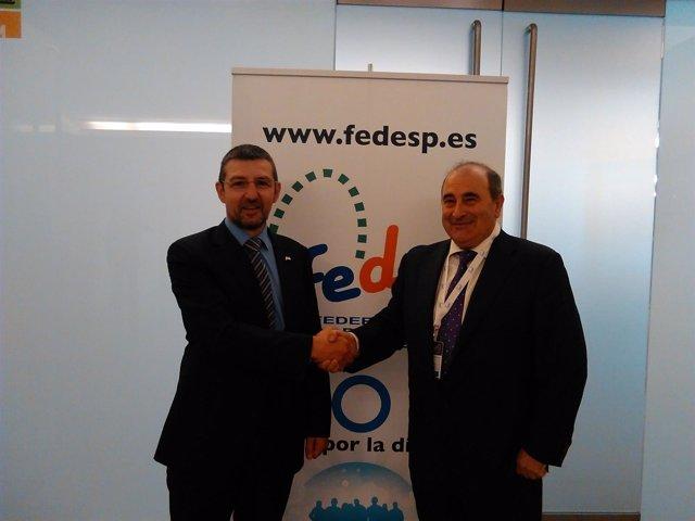 Ratificación acuerdo FEDE (Izquierda, Andoni Lorenzo, presidente) - SED (derecha