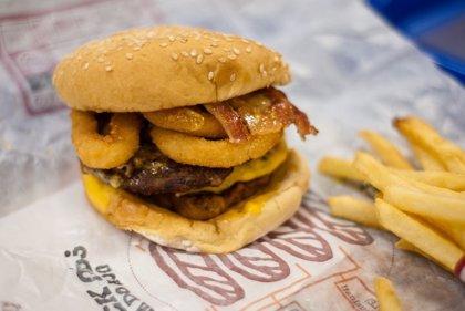 La comida rica en grasa altera a los músculos en tan sólo 5 días