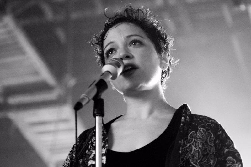 5667814019 Natalia Lafourcade estrena videoclip de Hasta la raíz