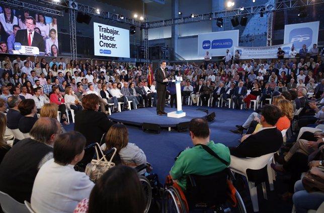 Mariano Rajoy durante su intervención en el acto del PP en Murcia
