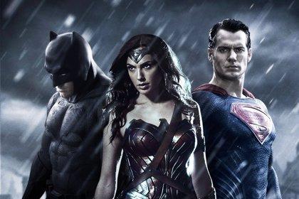 Lanzan el tráiler oficial de Batman v Superman: Dawn of Justicie