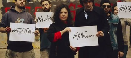 Nacho Vegas homenajea a los 43 normalistas de Ayotzinapa en su nuevo vídeo