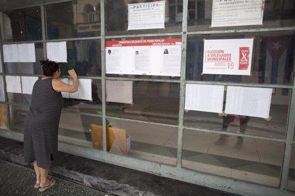 Cuba vota en sus elecciones municipales con dos candidatos disidentes