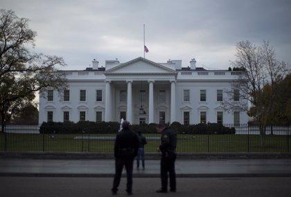Detenida una persona por escalar la valla de la Casa Blanca