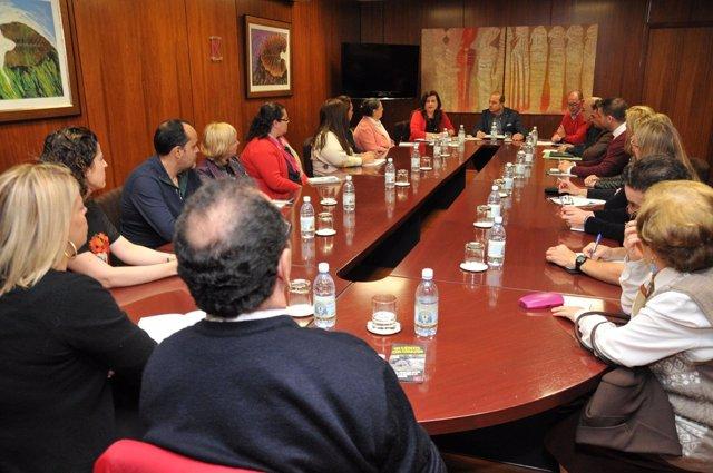 Reunión del alcalde con asociaciones para la cofinanciació