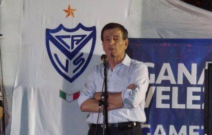 """Presidente de Vélez: """"Argentina ha perdido batalla contra hinchas violentos"""""""