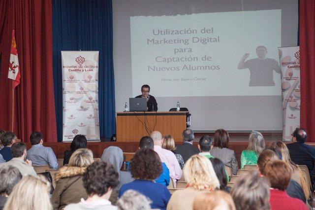 Óscar Martín, experto en Marketing.