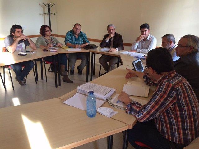García (centro) con la directiva de Al-Zahara