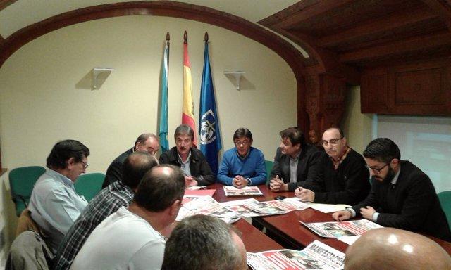 Reunión de sindicatos de Santa Bárbara y Grupos Municipales.