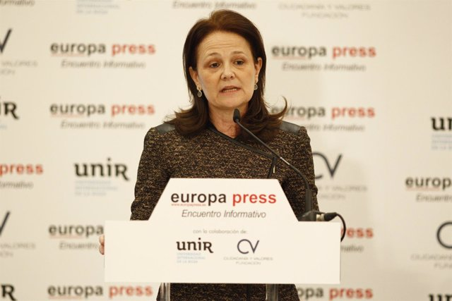 Montserrat Gomendio en los Desayunos de Europa Press