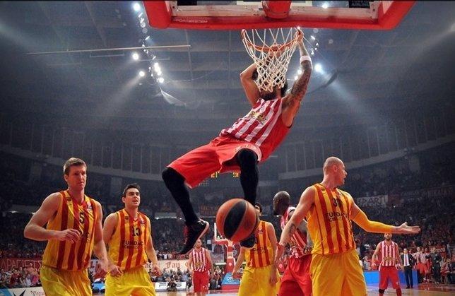 El FC Barcelona cae ante Olympiacos en el Pireo