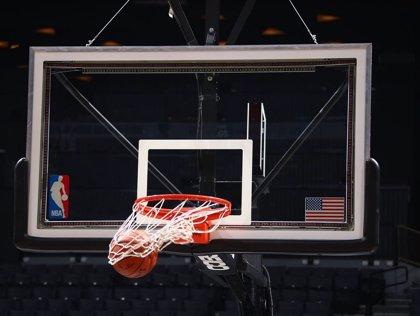 Estrellas de la NBA llegan a Cuba para iniciar su primer campus en la isla