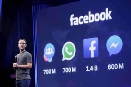YouTube conmemora 10 años con la amenaza de los vídeos de Facebook