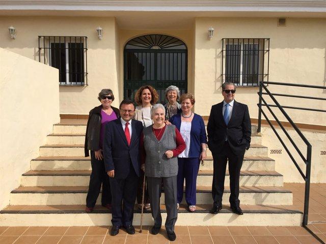 Heredia, Bernal y Serrano, PSOE, en residencia de mayores Santa Clara de Málaga