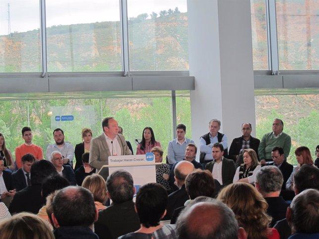Sanz clausura la convención regional del PP de La Rioja