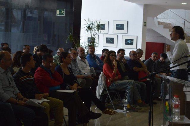 Encuentro de política municipal de IU en Granada