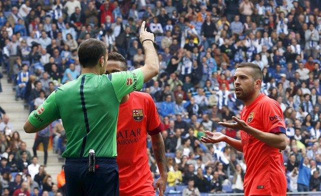 Mateu Lahoz expulsa a Jordi Alba en Cornellá