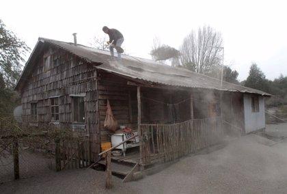 Chile anuncia ayudas económicas a los afectados por el volcán Calbuco