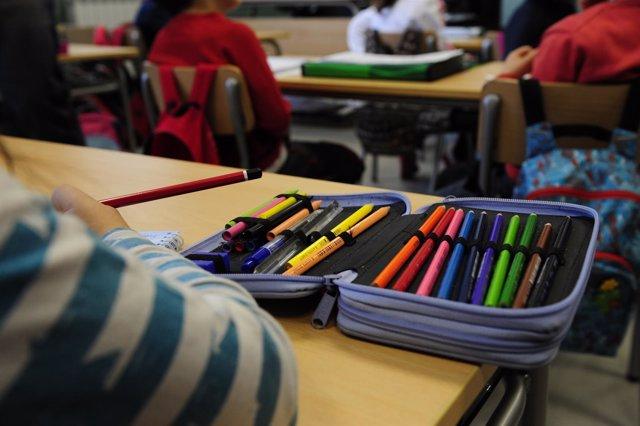 Las familias pueden solicitar ayudas de comedor y libros de texto