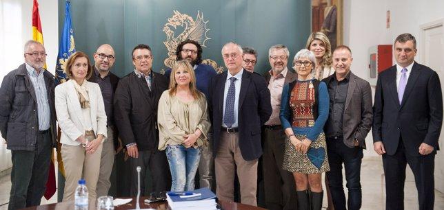 Puchalt y Ribes con el jurado de los Premios Valencia