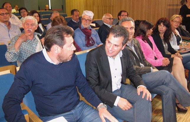 Óscar Puente Junto A Luis Tudanca En El Acto Sobre Política Social