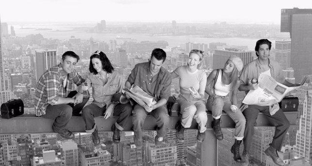 Courteney Cox explica por qué no se ha reunido el reparto de Friends