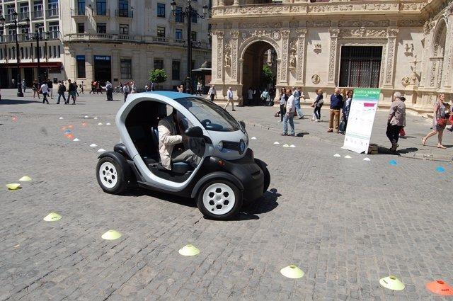 Celebración del 'I Roadshow Electricos Sevilla'