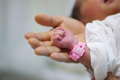 Bancos de sangre de cordón umbilical ¿Una alternativa al bebé-medicamento?