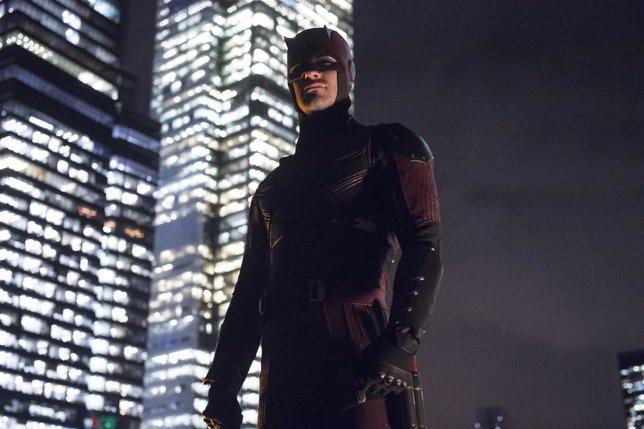 """CHARLIE COX as MATT MURDOCK en Netflix """"Marvel's Daredevil"""""""