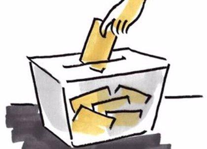 Polémica por una periodista argentina que se llevó una urna electoral al  baño
