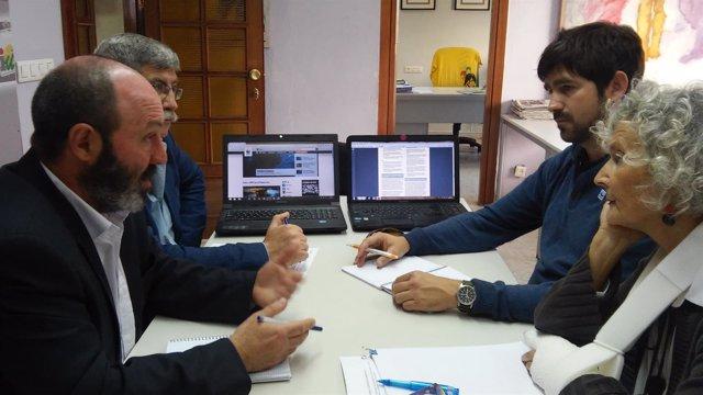 Reunión entre miembros de IU y Felipe Fuentelsaz (WWF).
