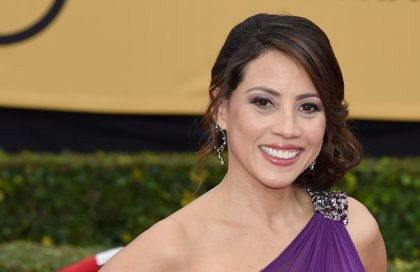 Fear The Walking Dead ficha a Elizabeth Rodriguez (Orange Is the New Black)