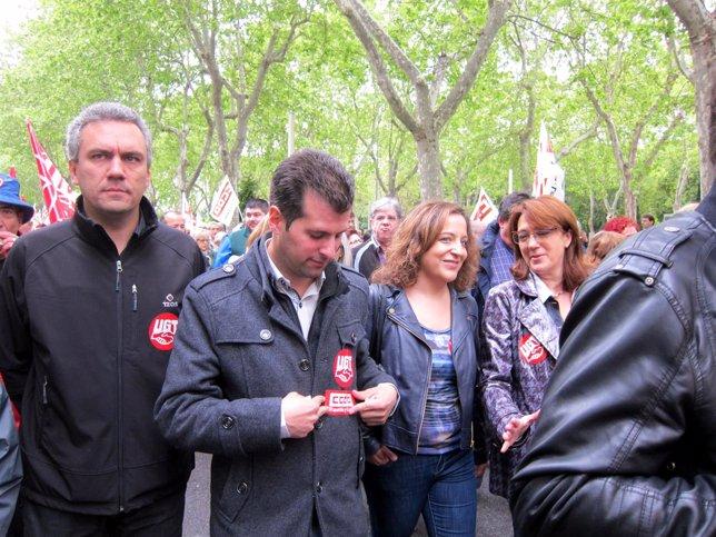 Tudanca acompañado por Izquierdo, García y Rodríguez en el Primero de Mayo