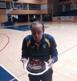 Txus Vidorreta celebra sus 350 partidos en la Liga Endesa