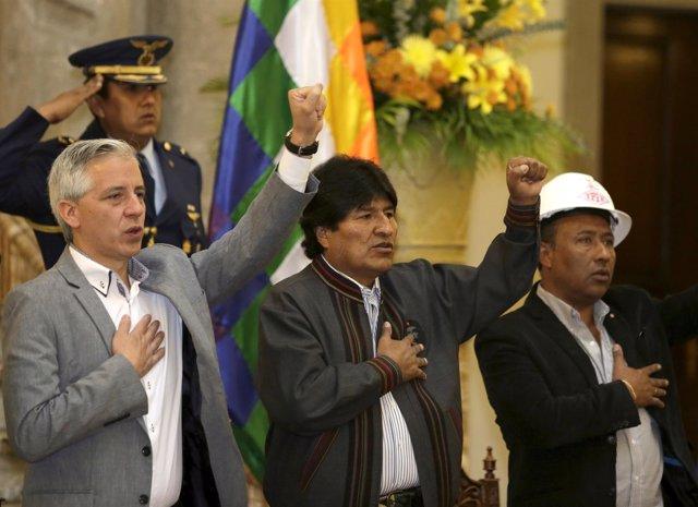El presidente de Bolivia, Evo Morales, celebra el 1 de mayo