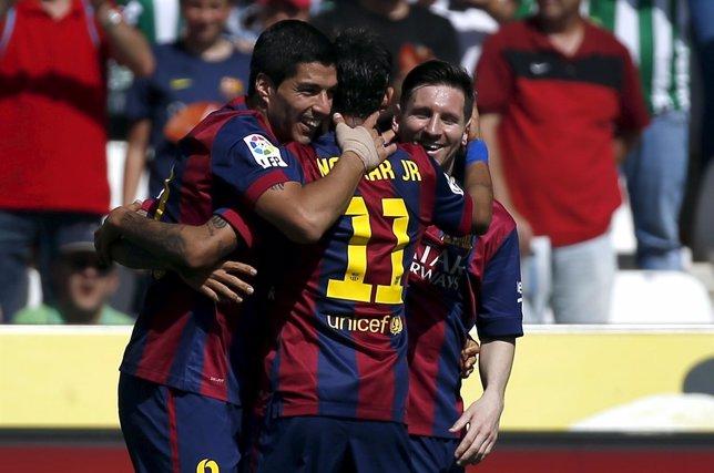 Messi, Suárez y Neymar tras golear en Córdoba