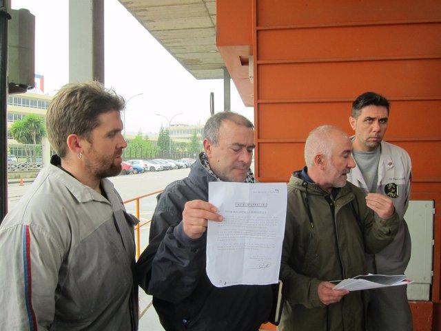 CUT y CIG denuncian a la dirección de PSA Vigo.