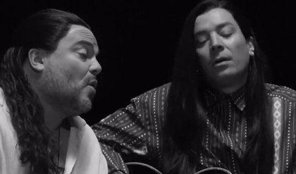 Jack Black y Jimmy Fallon recrean plano a plano el videoclip de More than Words de Extreme