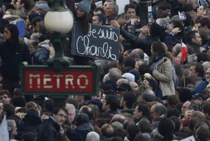 El semanario satírico Charlie Hebdo, homenajeado en Nueva York
