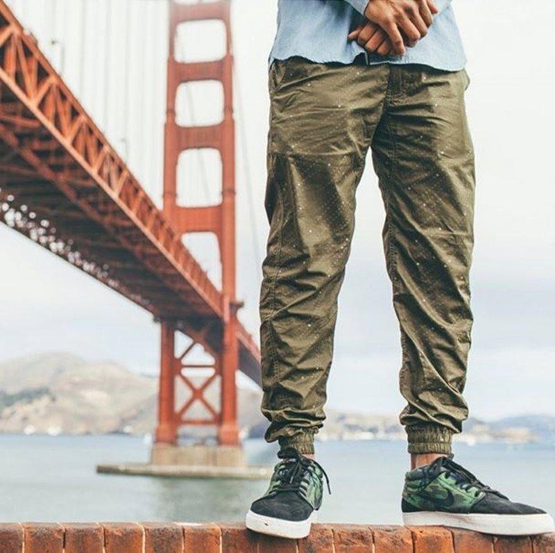 Un Un Cómo Llevar Un Pantalón 'jogger' Llevar Pantalón Cómo 'jogger' Cómo Llevar wkiTPXlOZu