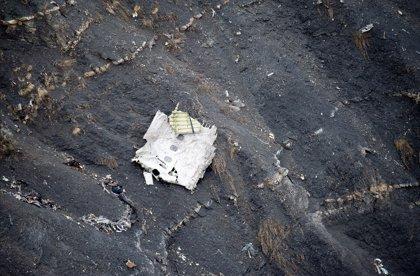 Copiloto de Germanwings maniobró para descender bruscamente en el vuelo precedente al siniestrado