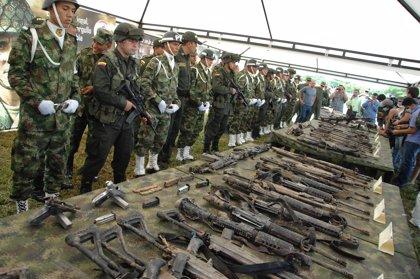 Condenados a prisión 10 militares y policías que traficaban con armas para las FARC