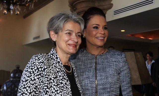 Irina Bokova y Roxana Baldetti