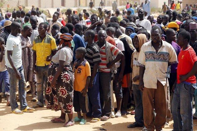 Mueren por  falta de agua y comida decensa de personas evacuadas en Niger