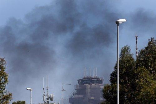 Cerrado el aeropuerto de Roma-Fiumicino tras un incendio